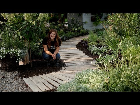 DIY Pallet Walkway // Garden Answer