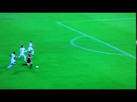 Chelsea Back 3 School Boy Defending v Dzeko (AS ROMA)