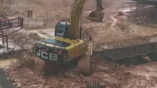 JCB JS200 Excavator Digging Works