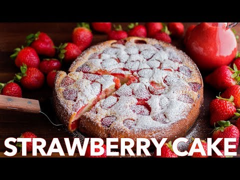 Video Easy Strawberry Cake with Strawberry Sauce - Natasha's Kitchen