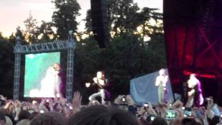 jls performing other side of the world