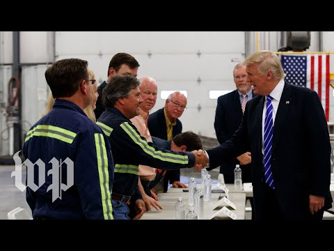 Trump holds roundtable at Boeing facility