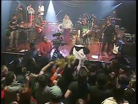 Los Auténticos Decadentes video Los piratas - CM Vivo 2007