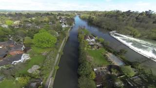 preview picture of video 'DJI F550 Drone Flight Over Ray Mill Island, Maidenhead.'
