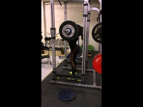 Narrow stance high bar squat 77,5kg