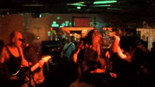40 Below Summer   Step Into The Sideshow Live at The Championship Bar Trenton, NJ 6 29 2013)