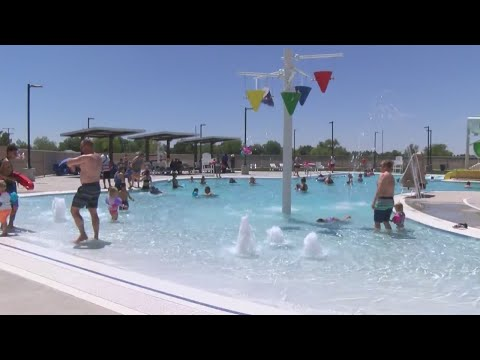 mp4 Roswell Recreation, download Roswell Recreation video klip Roswell Recreation