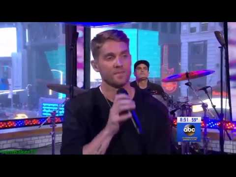 Brett Young performs Mercy LIVE on Good Morning America 23 April 2018