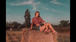 BTS Photoshoot Hay Bale Golden Hour Ff +sigma 35mm Art And Canon 85l 1.2 And Godox Ad200