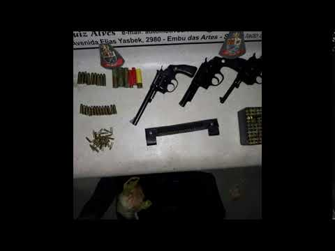 Suspeito é detido com três armas e munições por PM's em Juquitiba