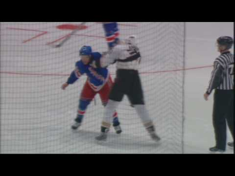 Ryan Callahan vs. Travis Moen