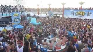"311 performing ""Omaha Stylee"" on the Soundsystem Jamaica Cruise 2015 - Sail Away Show"