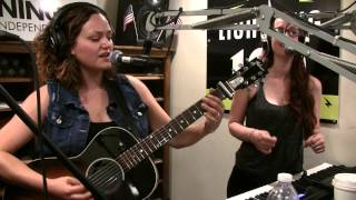 Ingrid Michaelson - Girls Chase Boys - Live at Lightning 100