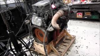 Detroit Diesel Series 50 DDEC IV Diesel Engine Running