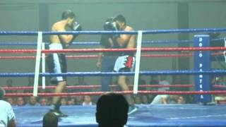 preview picture of video 'Debut Franco Neto Boxeo'