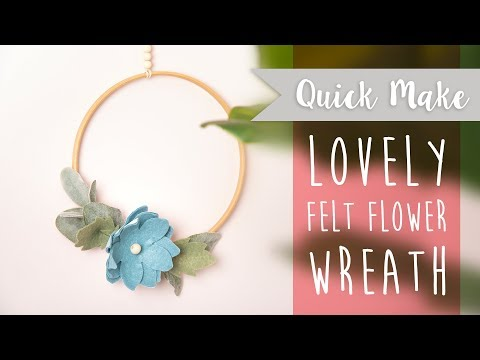 How to Create a Felt Christmas Wreath - Sizzix