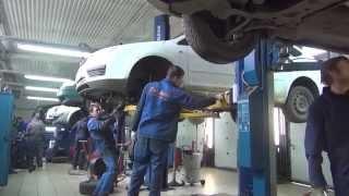 Замена глушителя на Volkswagen Passat . Замена глушителя на авто Volkswagen Passat  в СПБ