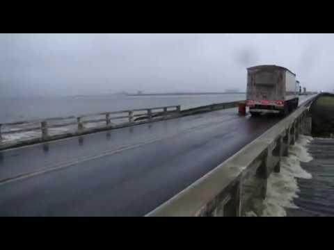 Inundaciones en Junín - Puente de Lincoln