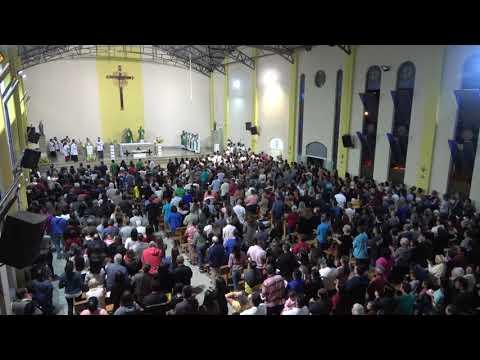 Católicos lotam a igreja para receber o novo Padre de Juquitiba Padre Sebastião Gomes Neto