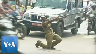 Indian Dancing Cop Directs Traffic With Style