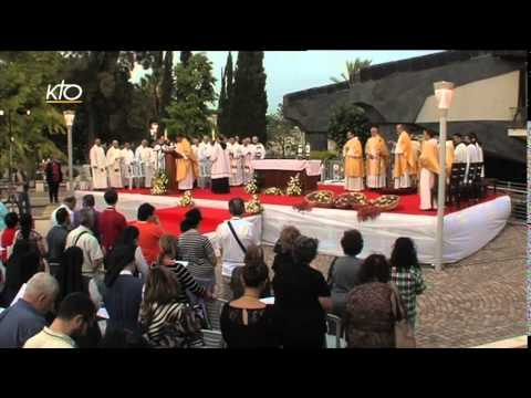 Messe solennelle à Capharnaüm