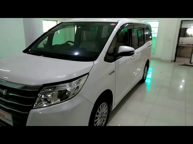 Toyota Noah S G EDITION 2014 for Sale in Lahore