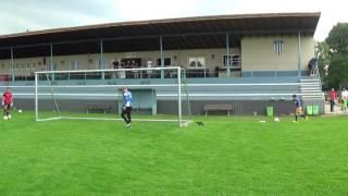 Querpass mit Stellungsspiel und Fußabwehr Ball abwehren
