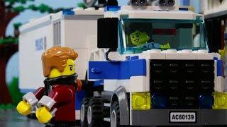LEGO City Police Truck Brick Build STOP MOTION LEGO City Crook Escape! | LEGO City | Billy Bricks