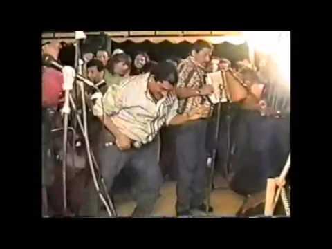 Poncho Zuleta Bailando El Serrucho