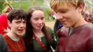 Анна Попплуэлл, William Moseley and Anna Popplewell - Something More