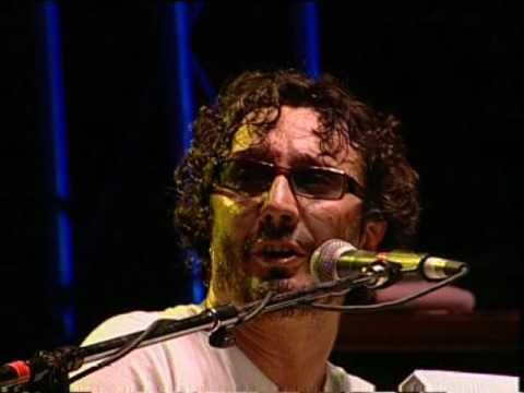 Fito Páez video A rodar mi vida - San Pedro Rock II / Argentina 2004