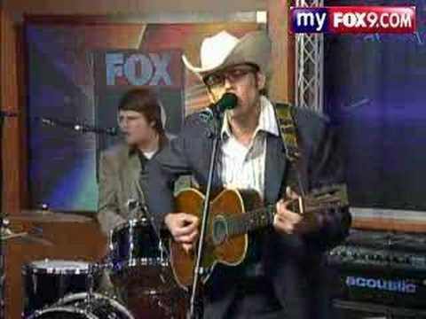 Roy Hubbs Performs LIVE on Fox 9 Morning Show