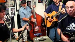 Karen White & The Skeeter Kreek Band - Rolling in My Sweet Baby's Arms - Live at Sixty Sundaes