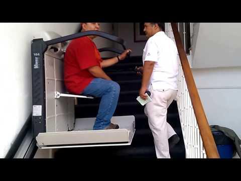Elevador Salvaescaleras de Riel Recto V64 de VIMEC para personas con discapacidad en silla de ruedas