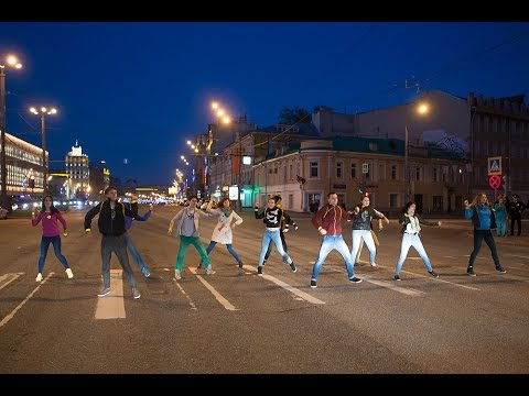 , title : 'Флешмоб пешеходов на Садовом кольце 5 мая 2015 года'