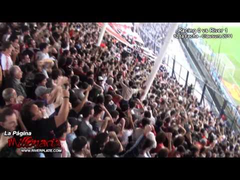 """""""Yo paro en una banda...   Gol"""" Barra: Los Borrachos del Tablón • Club: River Plate"""