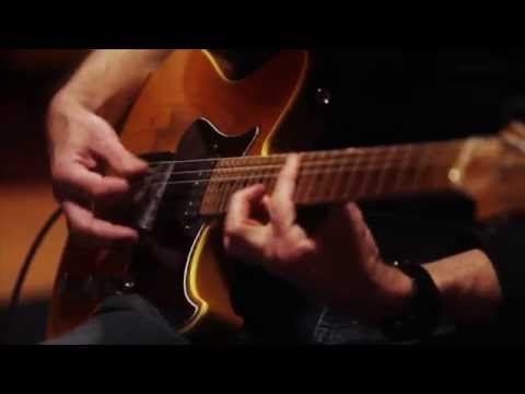 Eric Johnson & Mike Stern - Eclectic online metal music video by ERIC JOHNSON