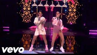 Becky G Sin Pijama Ft  Natti Natasha Presentación MTV Miaw 2018