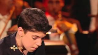 """Ilan 13 ans, pianiste, joue """"Concerto n°1"""" de Tchaïkovsky - Prodiges"""
