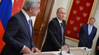 Путин обсудил с президентом Армении ситуацию вокруг Нагорного Карабаха