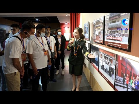 GLOBALink   Foreign students learn history of Long March by visiting exhibition in NW China