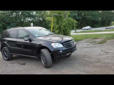 "2006 Mercedes-Benz ml350 on 22"" Wheels"