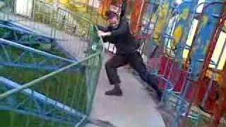 Инцидент на атракционе Сюрприз
