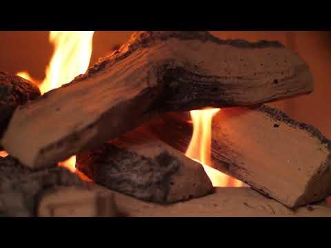 "Firenado 24"" Split Oak Log Set"