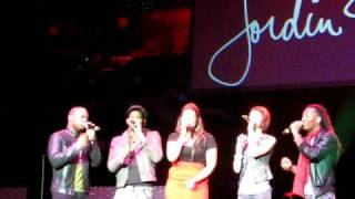 Jordin Sparks - I'll Be Home For Christmas [Live, Atlanta, GA, Star 94 Jingle Jam 2009] THIRD ROW