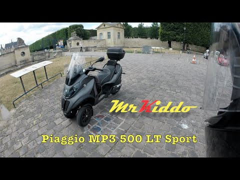 Test Riding the Piaggio MP3 500 LT Sport