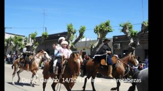 preview picture of video 'Desfile gaucho octubre 2012   Minas Uruguay'