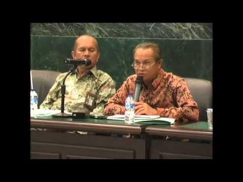 Diskusi Panel Ekonomi Halal Bag 3