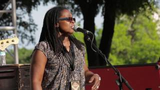 Robben Ford & <b>Ruthie Foster</b>  Call It Stormy Monday Live At The Dallas International Guitar Show
