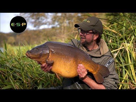 Martin Bowler fisker efterårskarper